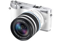 Samsung NX300 20.3MP Mirrorless Camera with Lens, White